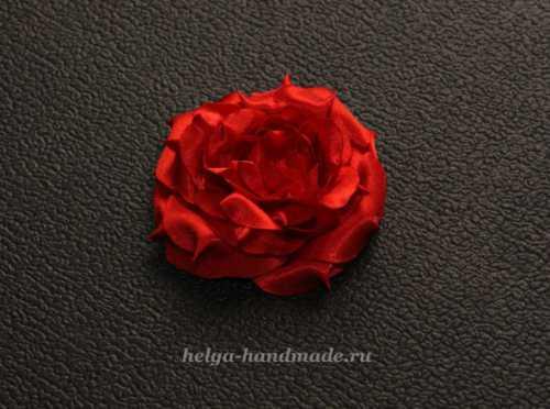 Делаем розу из ткани